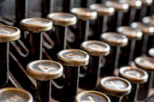 typewriter-585000_1280